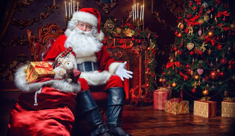 Babbo Natale domicilio consegna regali Ancona Macerata a casa tua Senigallia Falconara Jesi Castelfidardo Osimo Porto Recanati Macerata Civitanova