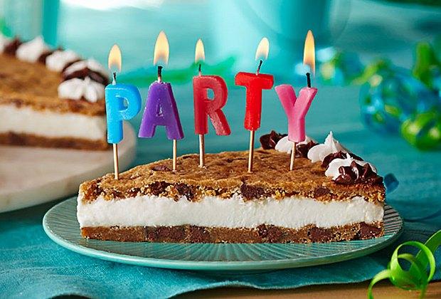 Cumpleaños en línea desde casa virtual por internet Espana Miami Florida Argentina coronavirus quarantena